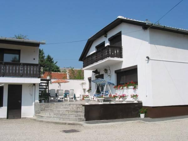 Hotel Abszolut Vendégház Guest House