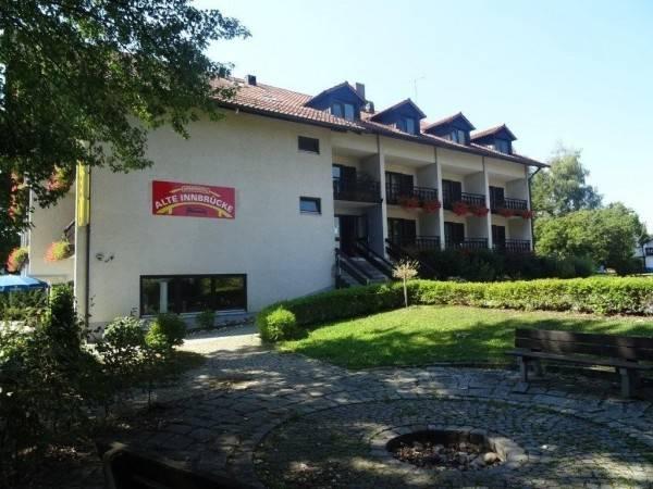Alte Innbrücke Apparthotel