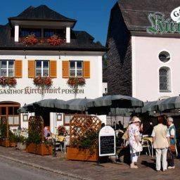 Am Dorfplatz - Gasthof Hotel Kirchenwirt