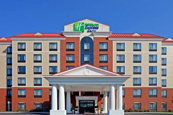 Holiday Inn Express & Suites ALBANY NORTH - LATHAM