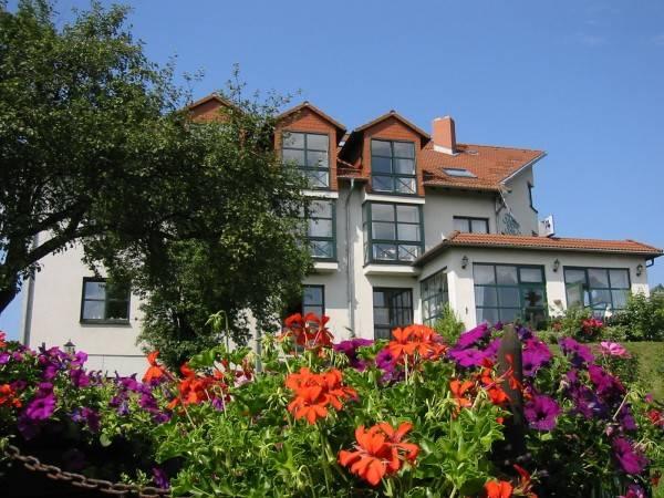 Landhotel BurgenBlick Garni & Tagungshotel