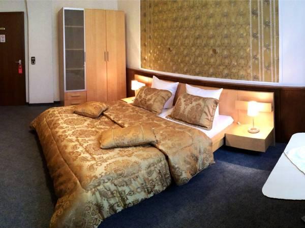 Hotel Ratstube Garni