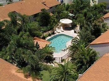 Hotel Peregian Court Resort