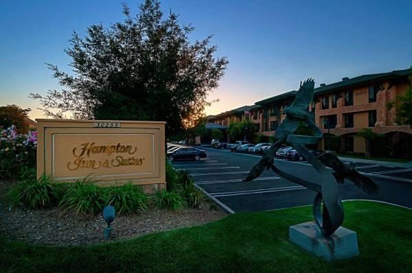 Hampton Inn - Suites Agoura Hills CA