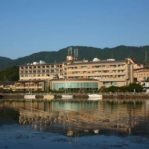 Hotel BIWAKO RYOKUSUITEI