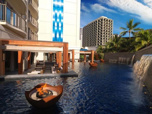 Hotel Hokulani Waikiki by Hilton Grand Vacati