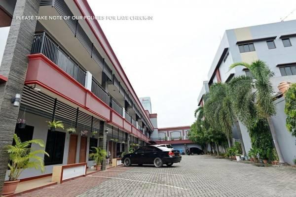 Hotel ZEN Rooms Kuningan Tiong