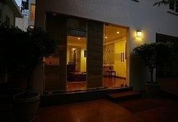 Hotel juSTa Off MG Road