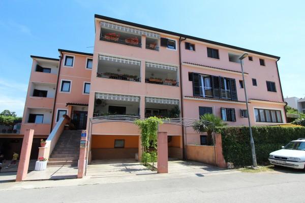 Hotel Apartmani Romano