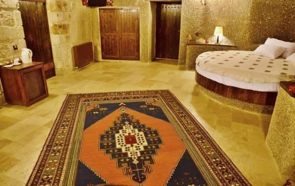 Hotel Grand Cave Suites