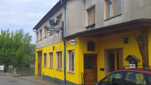 Hotel Schwarzer Adler Gasthaus