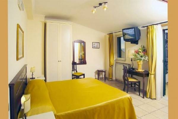 Hotel Casa Famiani Bed & Breakfast