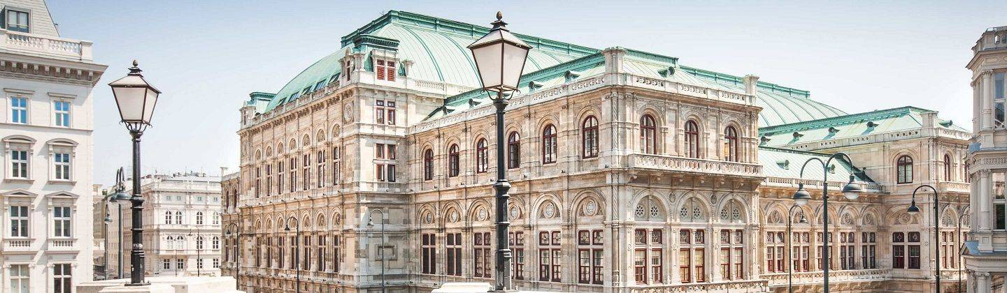 HRS offers you a wide range and exclusive selection of reasonably priced top class hotels in Austria. ✔ HRS best-price guarantee ✔ Real guest reviews