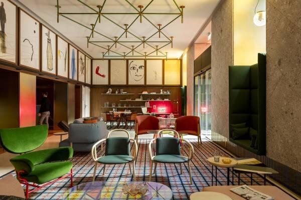 Hotel Room Mate Giulia