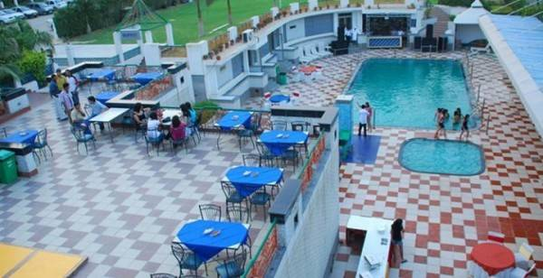 Dee Marks Hotel
