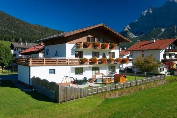 Hotel Haus Enzian