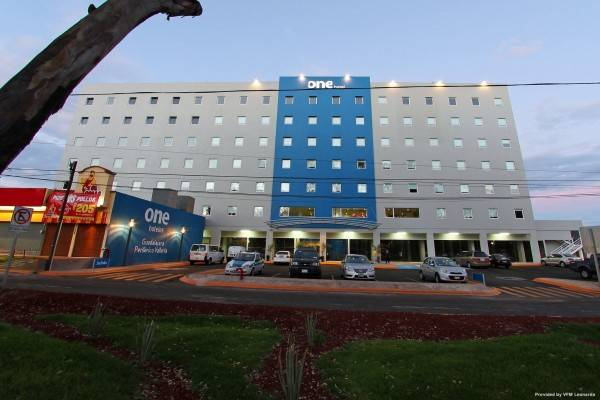 Hotel ONE GUADALAJARA PERIFERICO PONIENTE