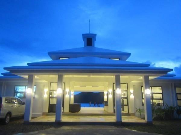 BUSUANGA BAY LODGE HOTEL