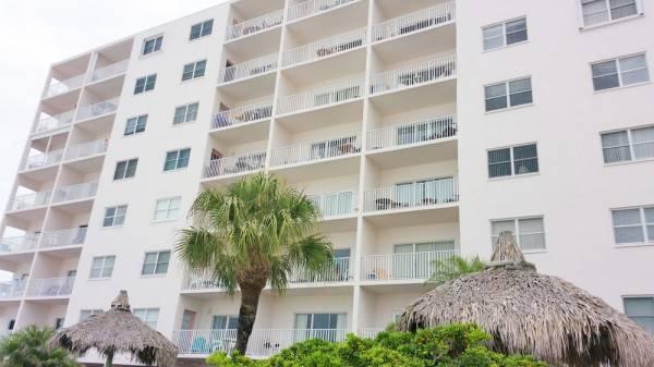Hotel Seabreeze Condominiums