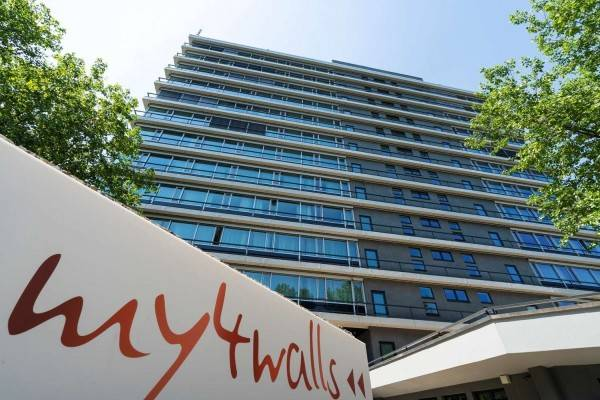 Hotel my4walls Serviced Apartments