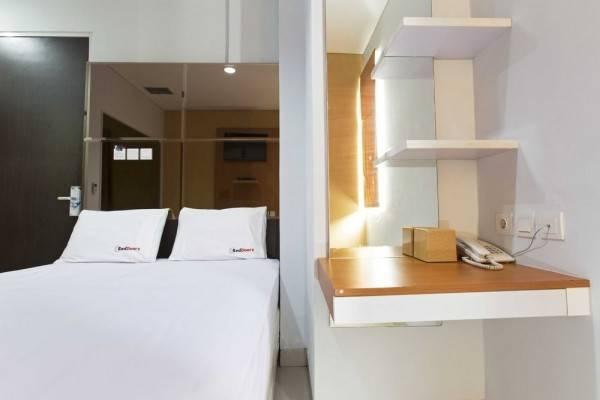 Hotel RedDoorz near Thamrin City