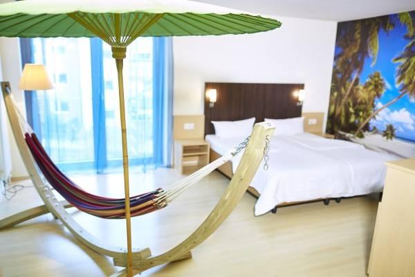 Hotel Ko'Ono