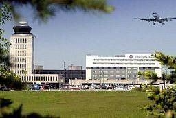 Four Points by Sheraton Winnipeg International Airport