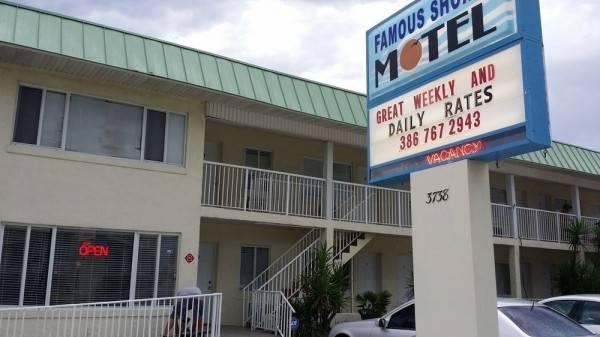 Famous Shores Motel