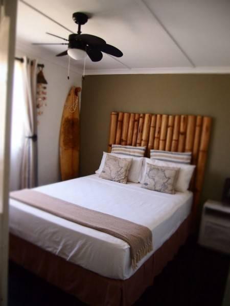 Hotel Umzumbe Surf House