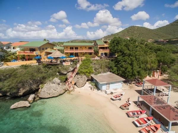 Hotel Bahia Apartments & Diving