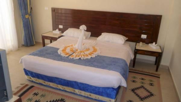 FAM Hotel & Resort