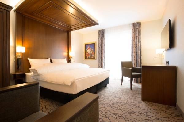 Hotel AdvaStay by KING's