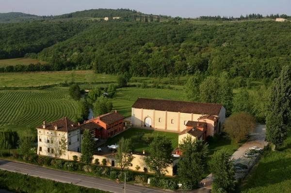 Hotel Musella Winery & Relais