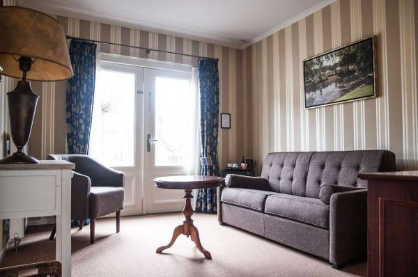 Hotel Kasteel De Vanenburg (BW Premier Collection)