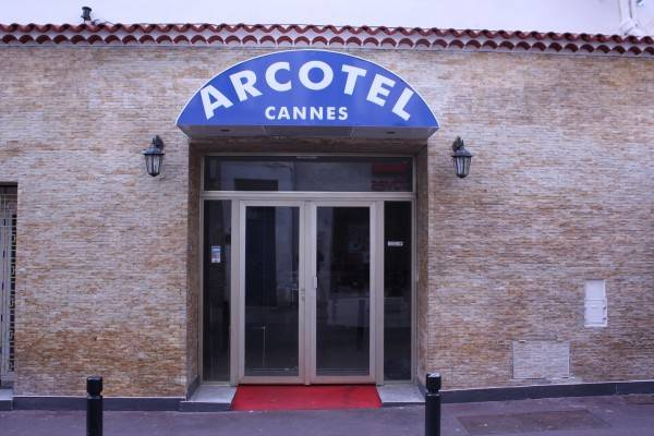 Hotel Arcotel