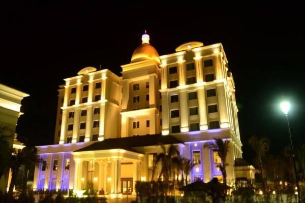 Hotel The Grand Bhagwati Palace