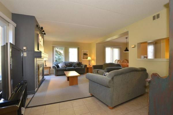 Hotel The Lodges at Blue Mountain - Mountain Walk Condos