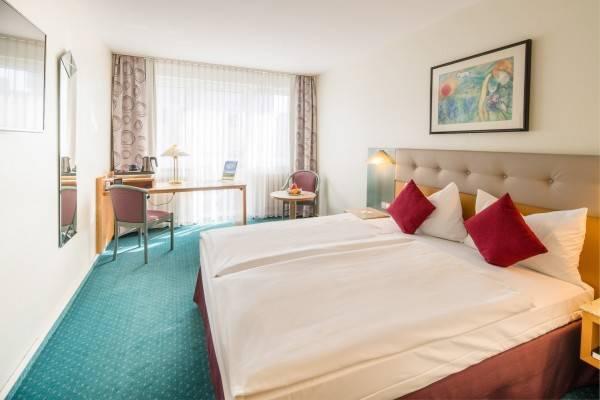 Sure Hotel Collection PLAZA Hotel Blankenburg Ditzingen