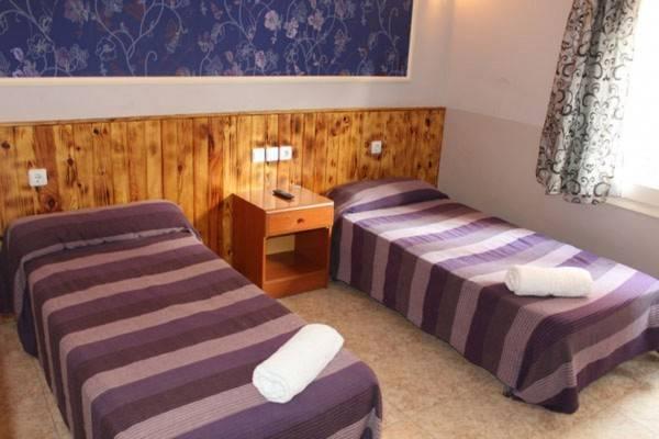 Hotel Isla Cristina Mataro Hostal