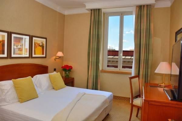 Hotel Apogia Lloyd