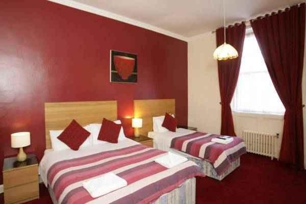 Hotel Clifton