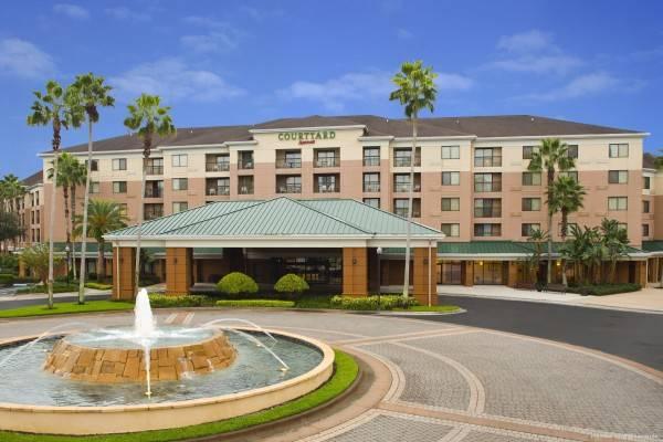 Hotel Courtyard Orlando Lake Buena Vista in the Marriott Village