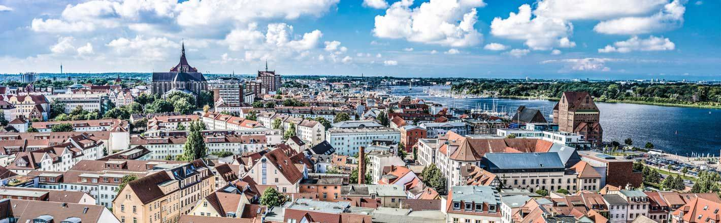Reserve a hotel in Rostock: ✓Business Tariff ✓Good connection to the city centre + to local public transport ✓Free cancellation ✓HRS price guarantee