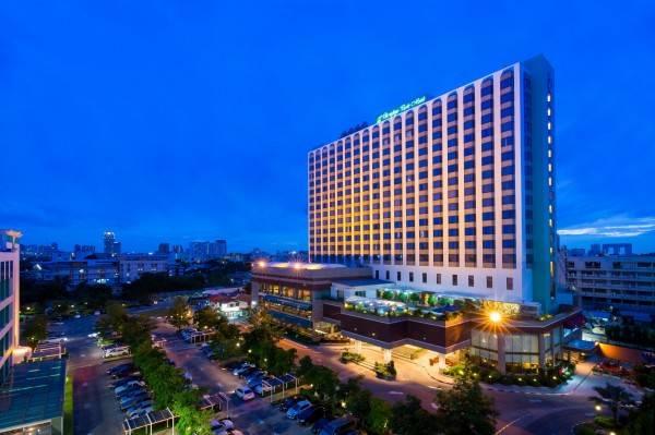 Ramada by Wyndham Bangkok Chaophya Park Formerly Chaophya Park Hotel