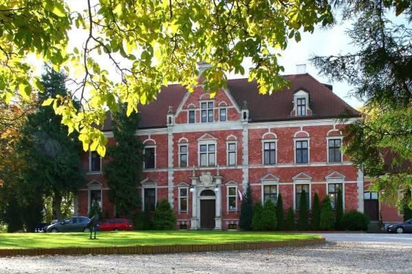 Hotel Pałac w Leźnie