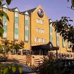 Hotel Village Newcastle