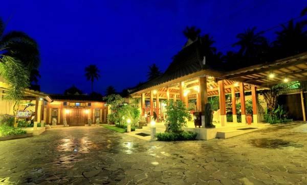 Hotel Puri Mas Boutique Resort & Spa