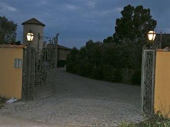 Hotel Casale di Tormaggiore Villa and Country Suites