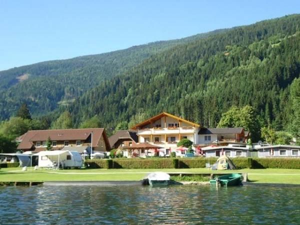 Hotel Fischerhof Glinzner direkt am Afritzer See Gasthof