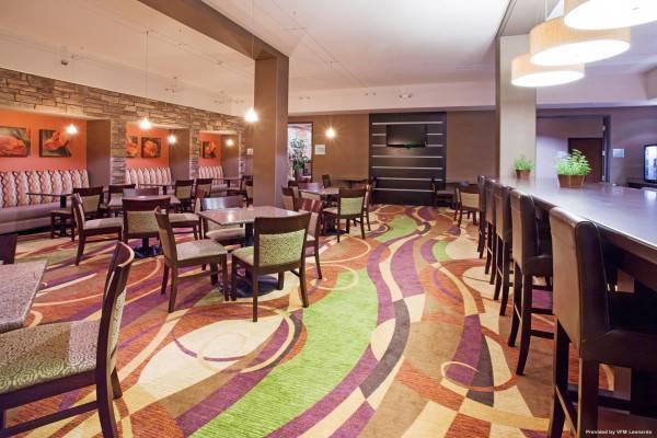 Comfort Inn & Suites Denver Northeast Brighton